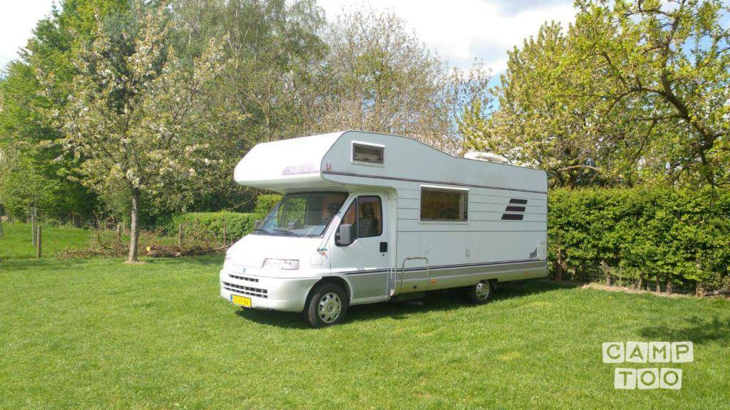 Hymer camper from 1996: photo 1/16