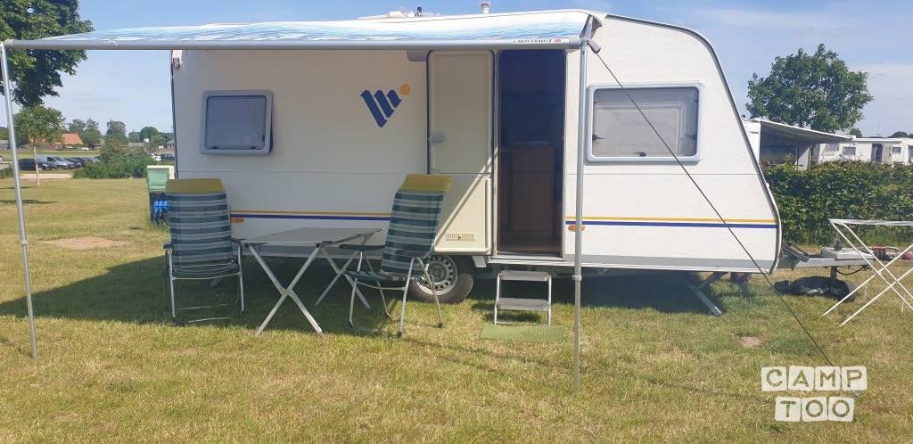Knaus caravan from 2002: photo 1/10