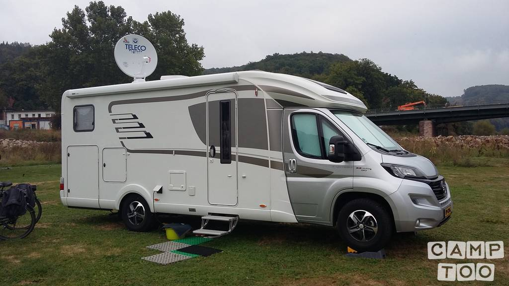 Hymer camper from 2017: photo 1/14