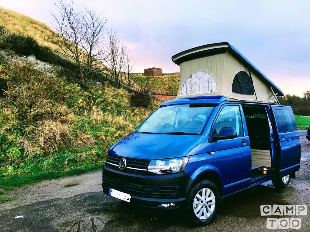 Volkswagen camper uit 2018: foto 1/11