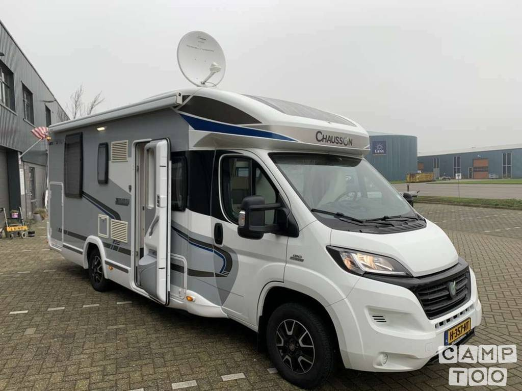 Chausson camper from 2015: kuva 1/23