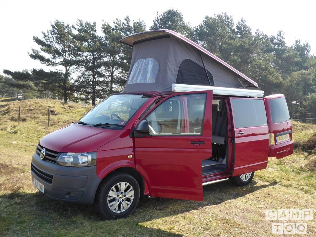 Volkswagen camper uit 2011: foto 1/21