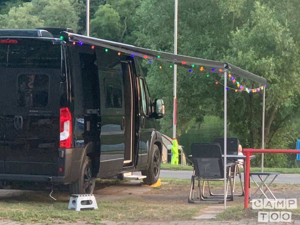 Peugeot camper uit 2020: foto 1/13