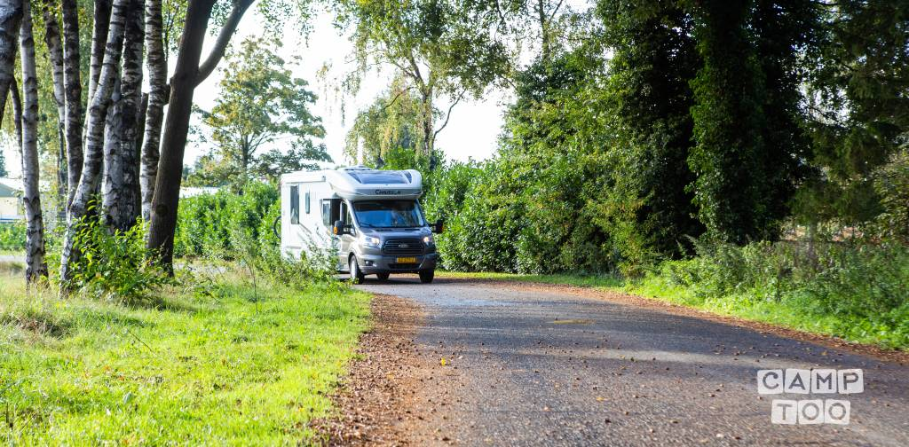 Chausson camper from 2015: photo 1/1