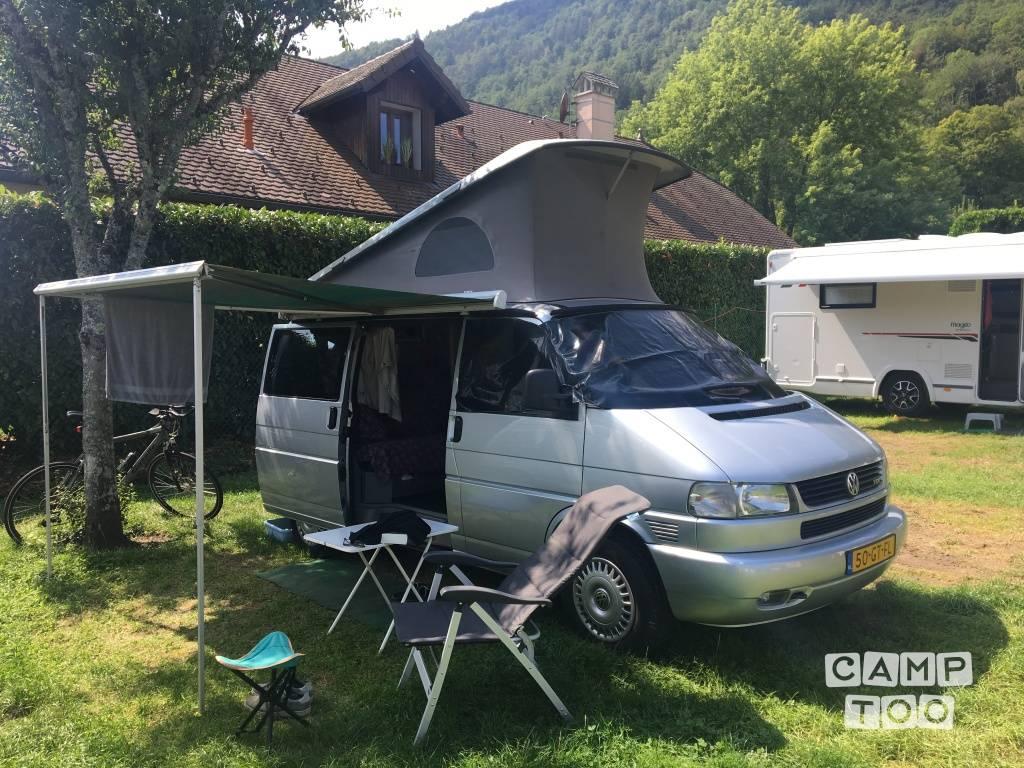 Volkswagen camper from 2001: photo 1/15