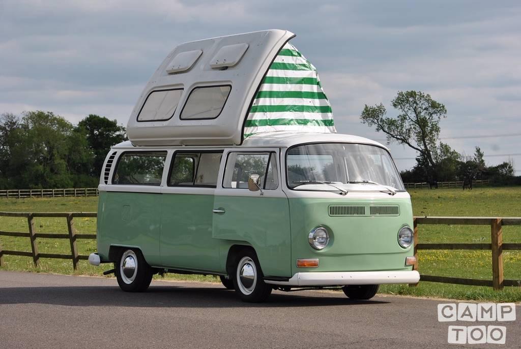 Volkswagen camper from 1970: photo 1/8