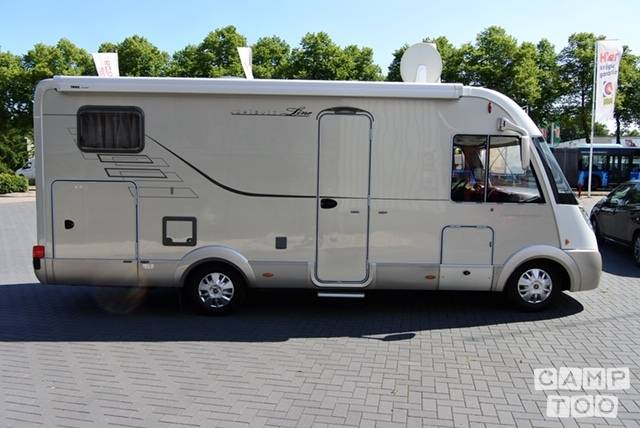 Hymer camper from 2009: photo 1/16