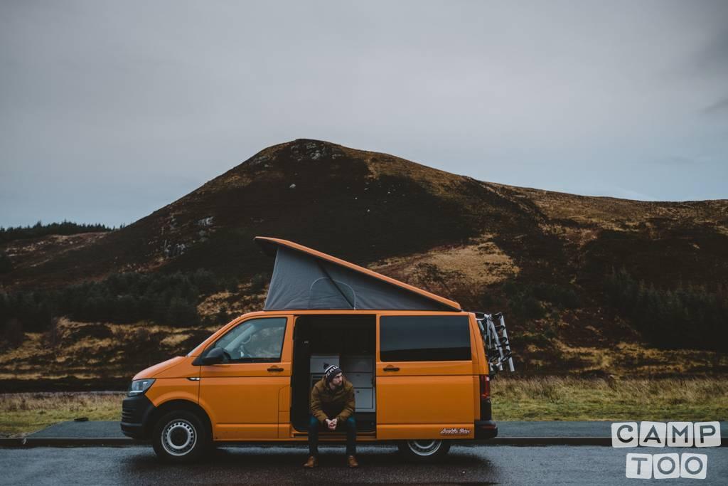 Volkswagen camper from 2017: photo 1/7