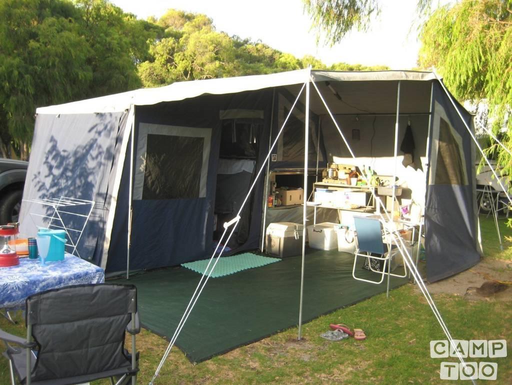 Hobby caravan from 2009: photo 1/4