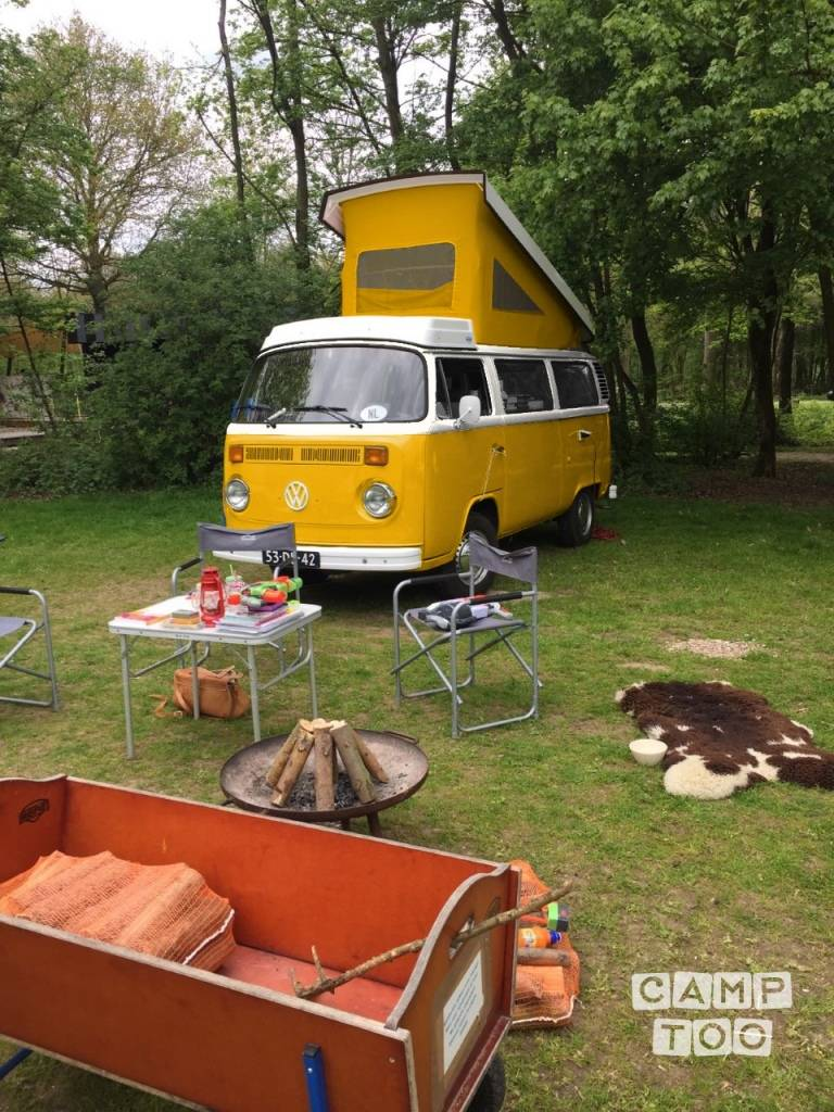 Volkswagen camper uit 1978: foto 1/2