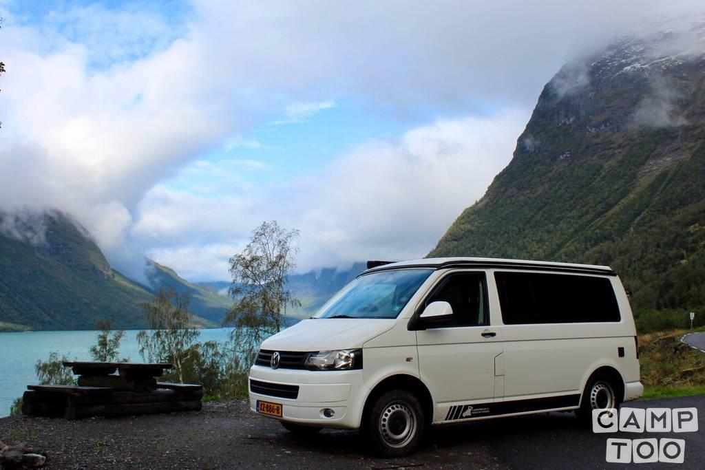 Volkswagen camper uit 2014: foto 1/24
