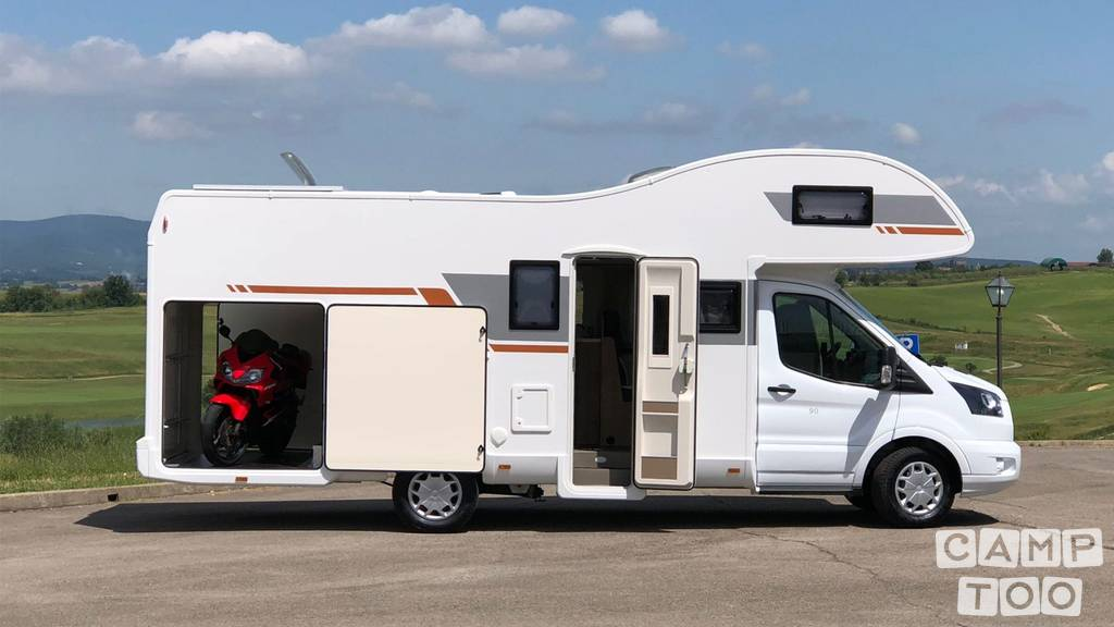 Caravans International camper uit 2019: foto 1/12