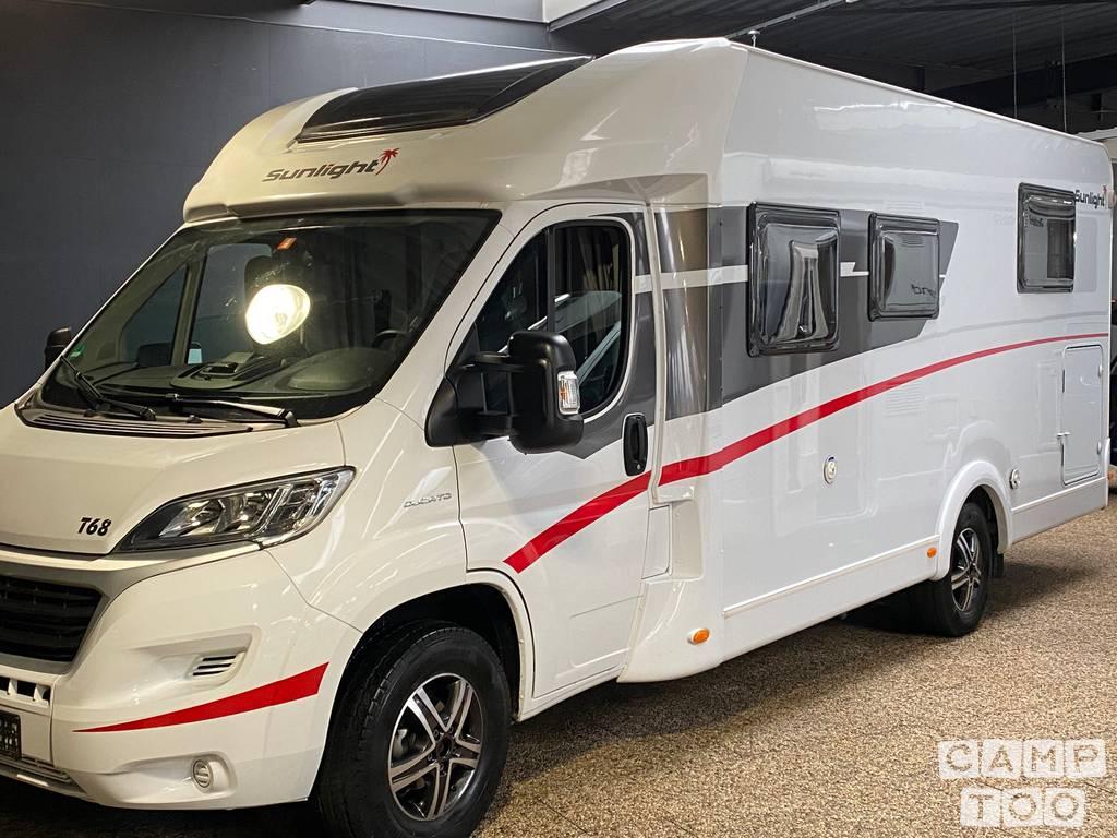 Sunlight camper from 2019: kuva 1/39