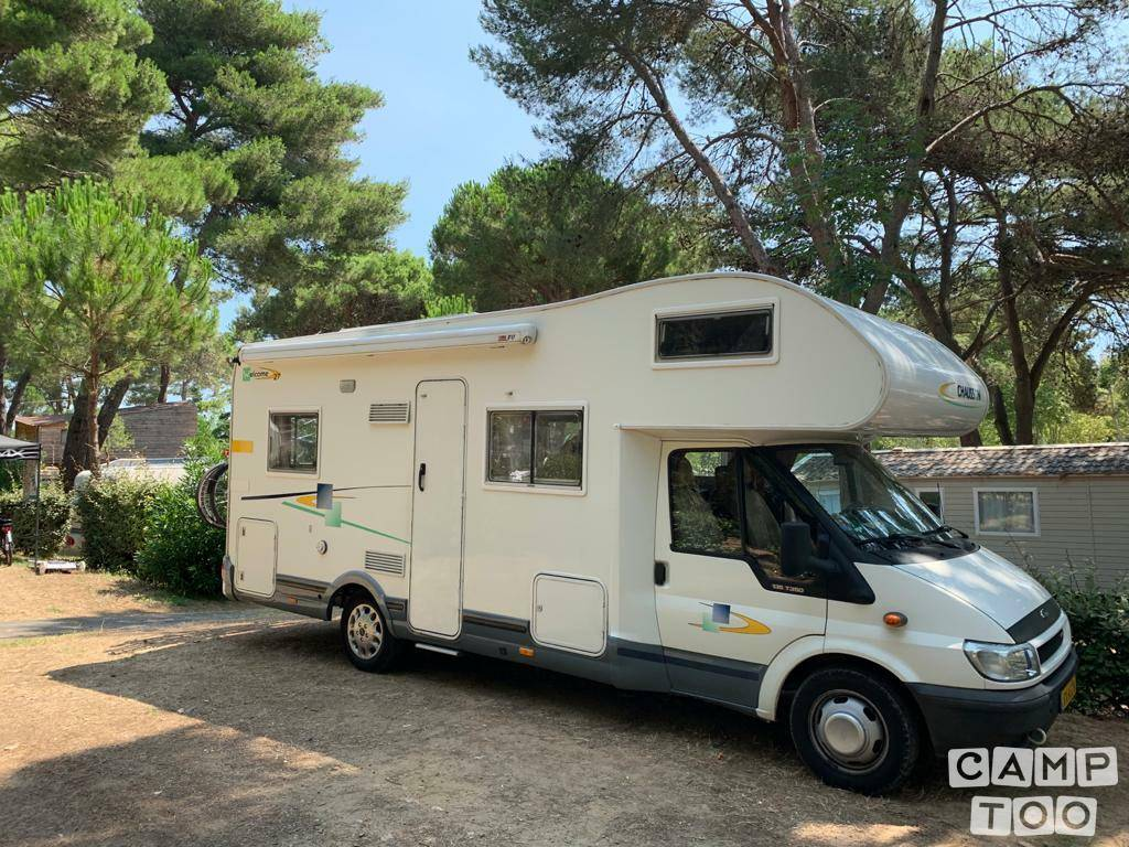 Chausson camper from 2006: photo 1/26