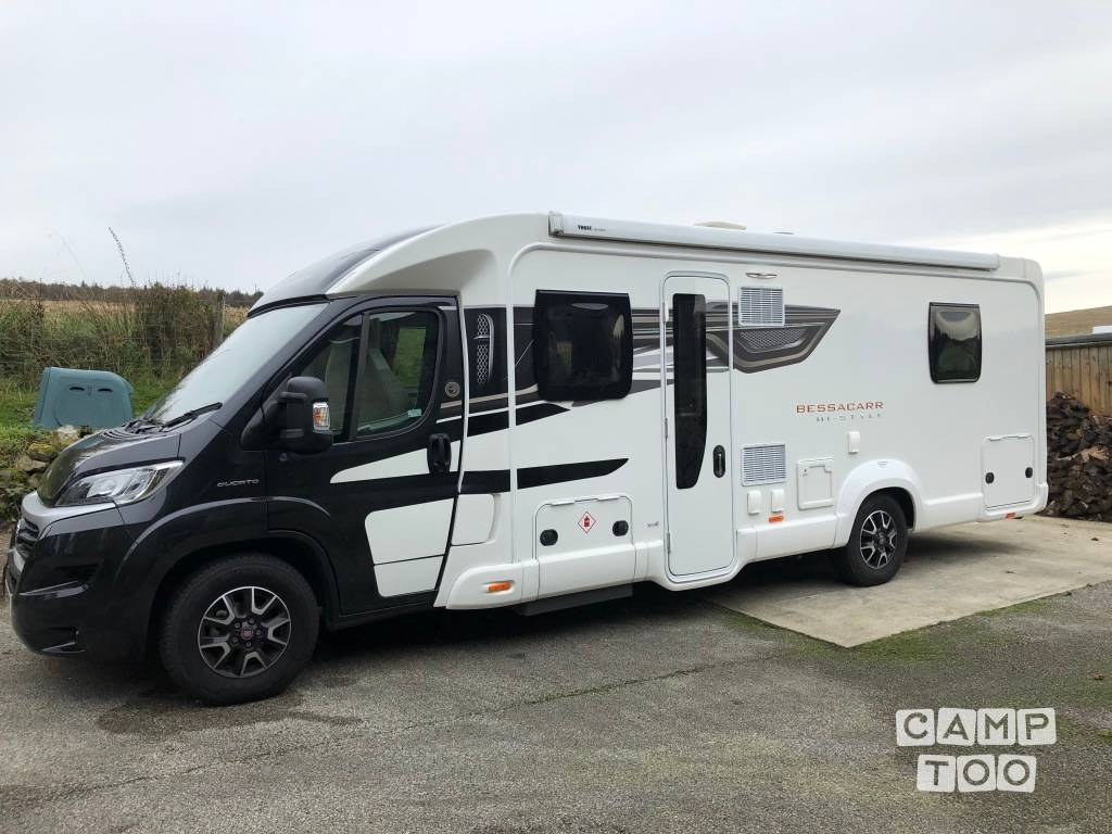 Swift camper from 2018: photo 1/11
