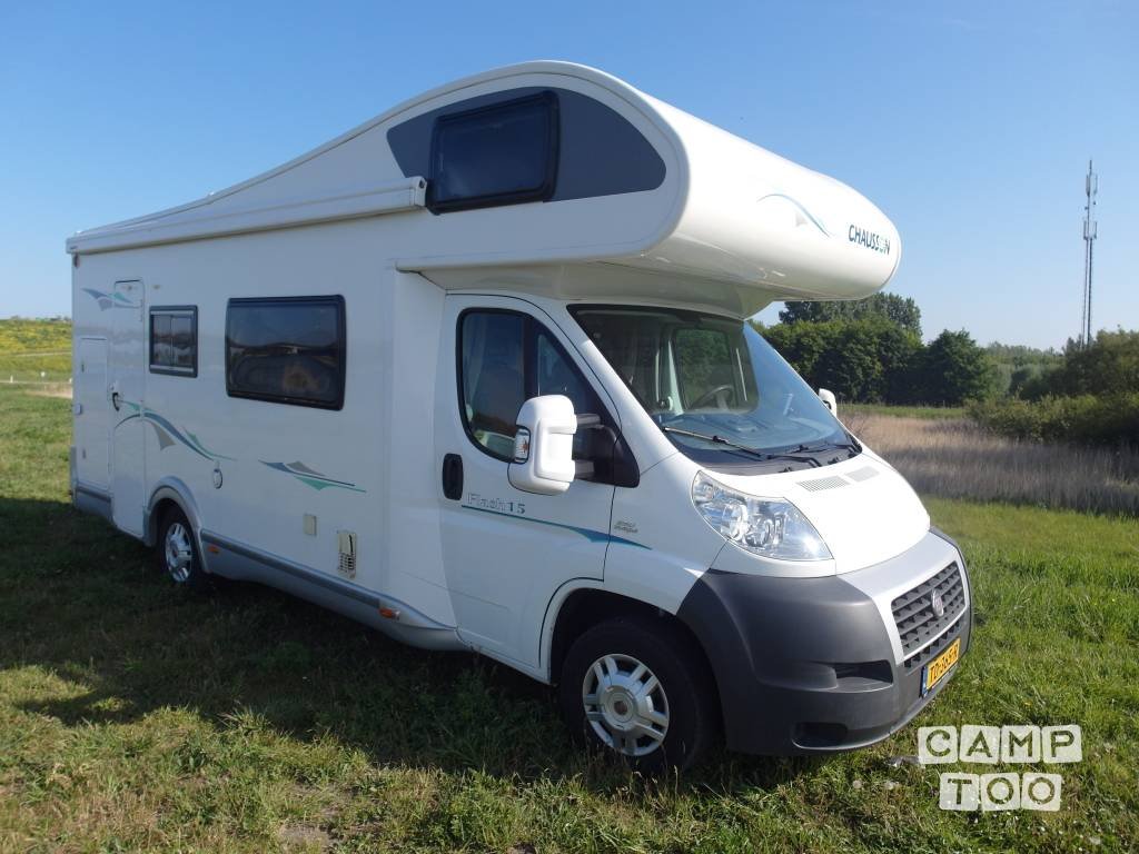 Chausson camper from 2011: photo 1/16