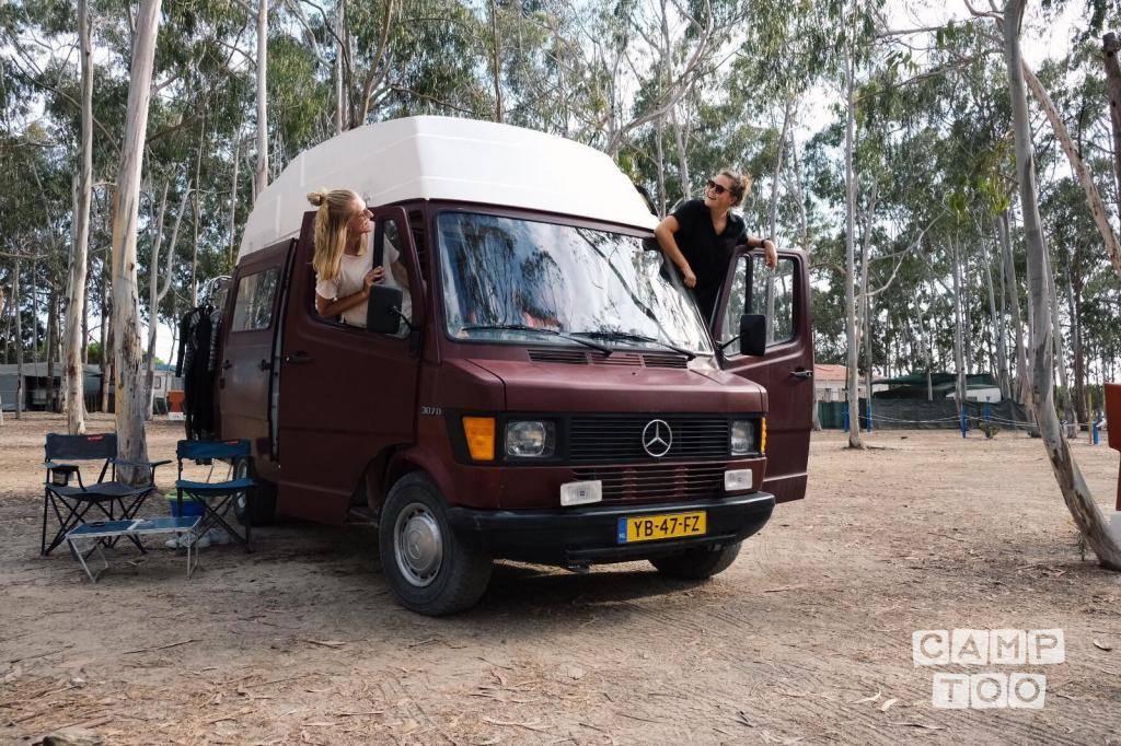 Mercedes-Benz camper uit 1988: foto 1/10