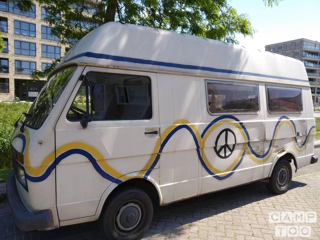 Volkswagen camper from 1989: photo 1/9