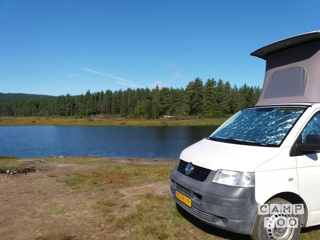 Volkswagen camper from 2008: photo 1/15