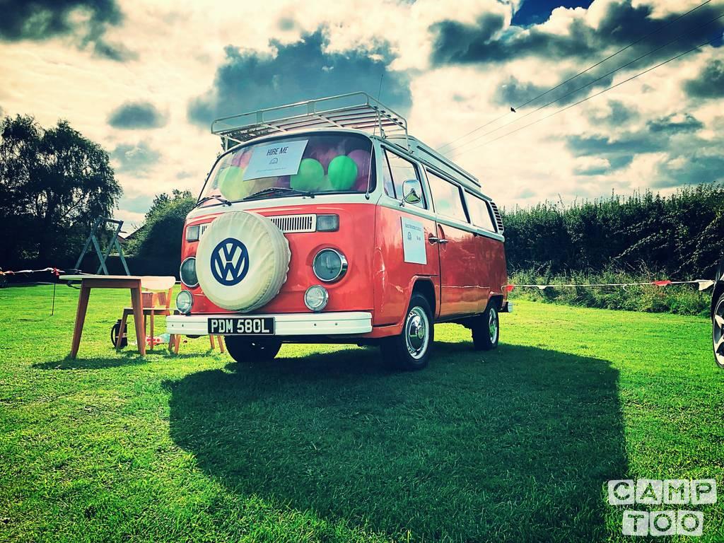 Volkswagen camper uit 1973: foto 1/16