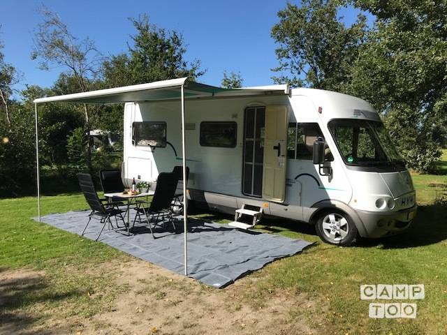 Hymer camper from 2002: photo 1/26