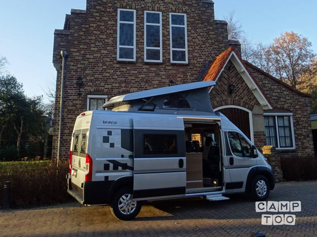 Bravia camper from 2019: photo 1/23