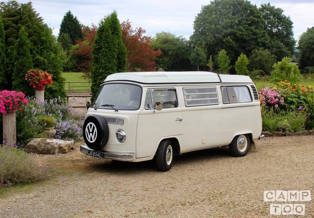 Volkswagen camper from 1973: photo 1/26