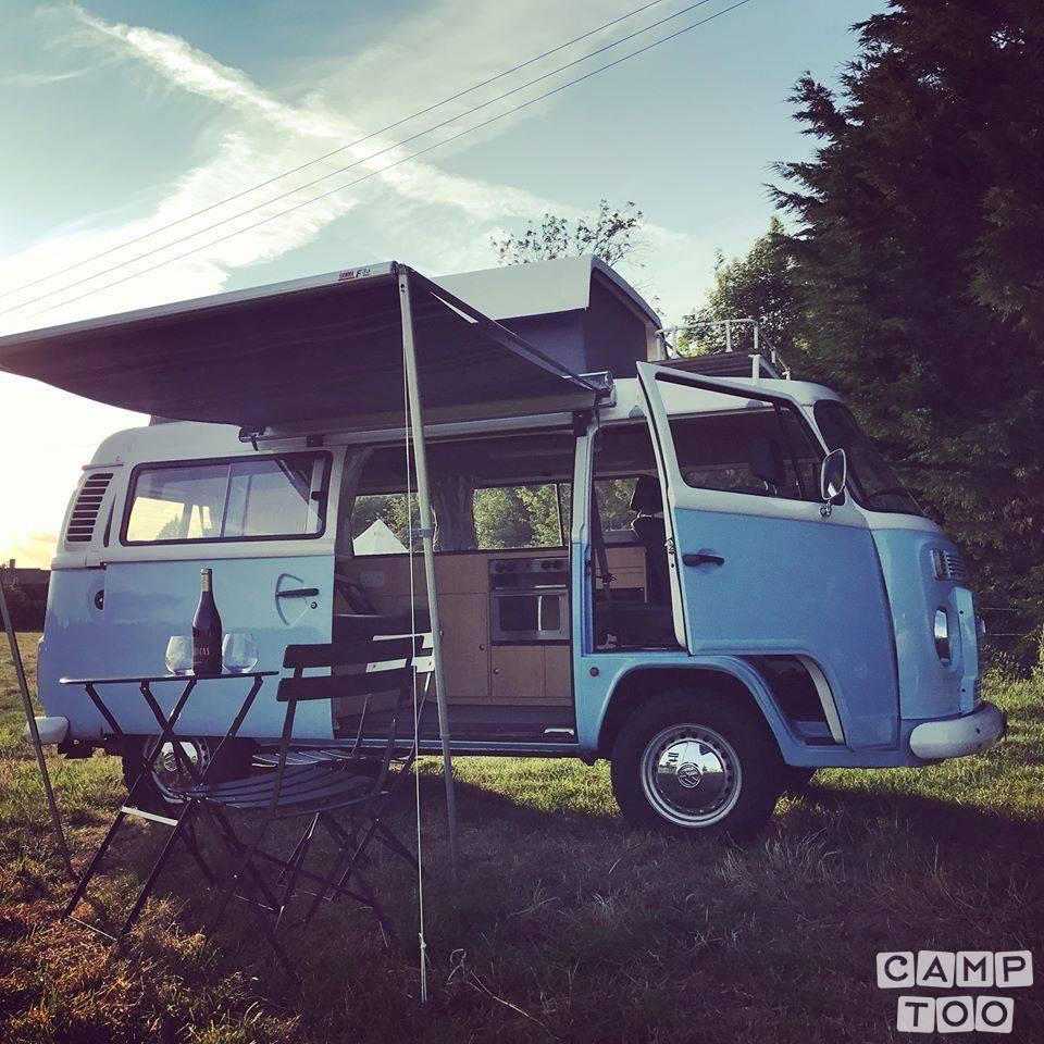 Volkswagen camper from 2007: photo 1/13