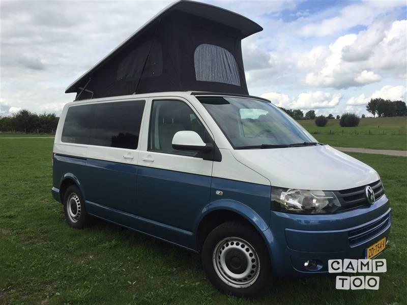 Volkswagen camper from 2013: photo 1/23