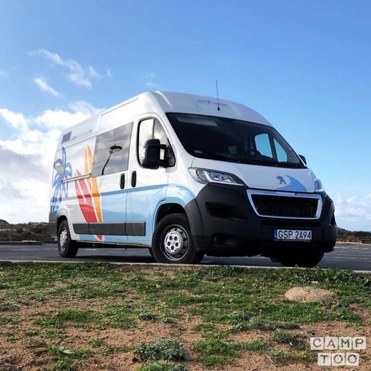Peugeot camper from 2018: photo 1/13