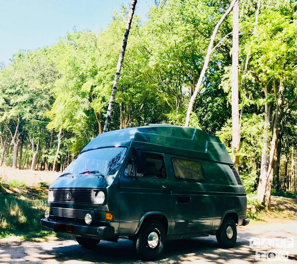Volkswagen camper uit 1984: foto 1/10