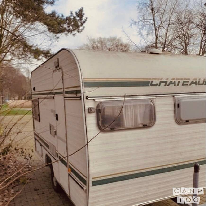 Chateau caravan from 1985: photo 1/6