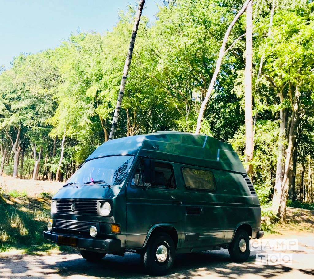 Volkswagen camper from 1984: photo 1/10