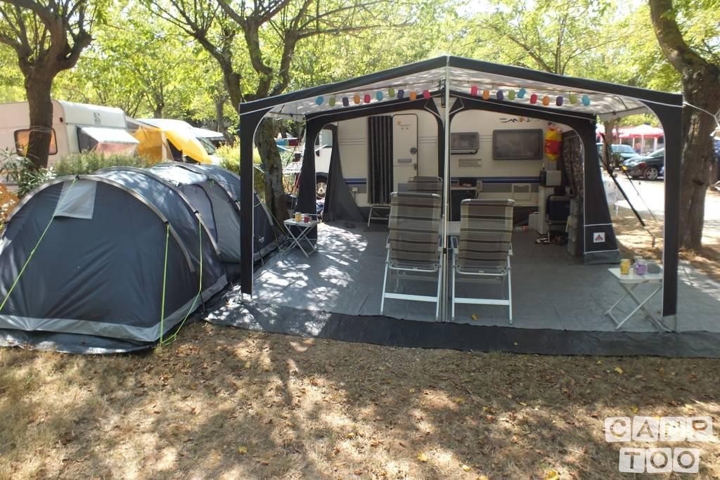 Hobby caravan from 2004: photo 1/9