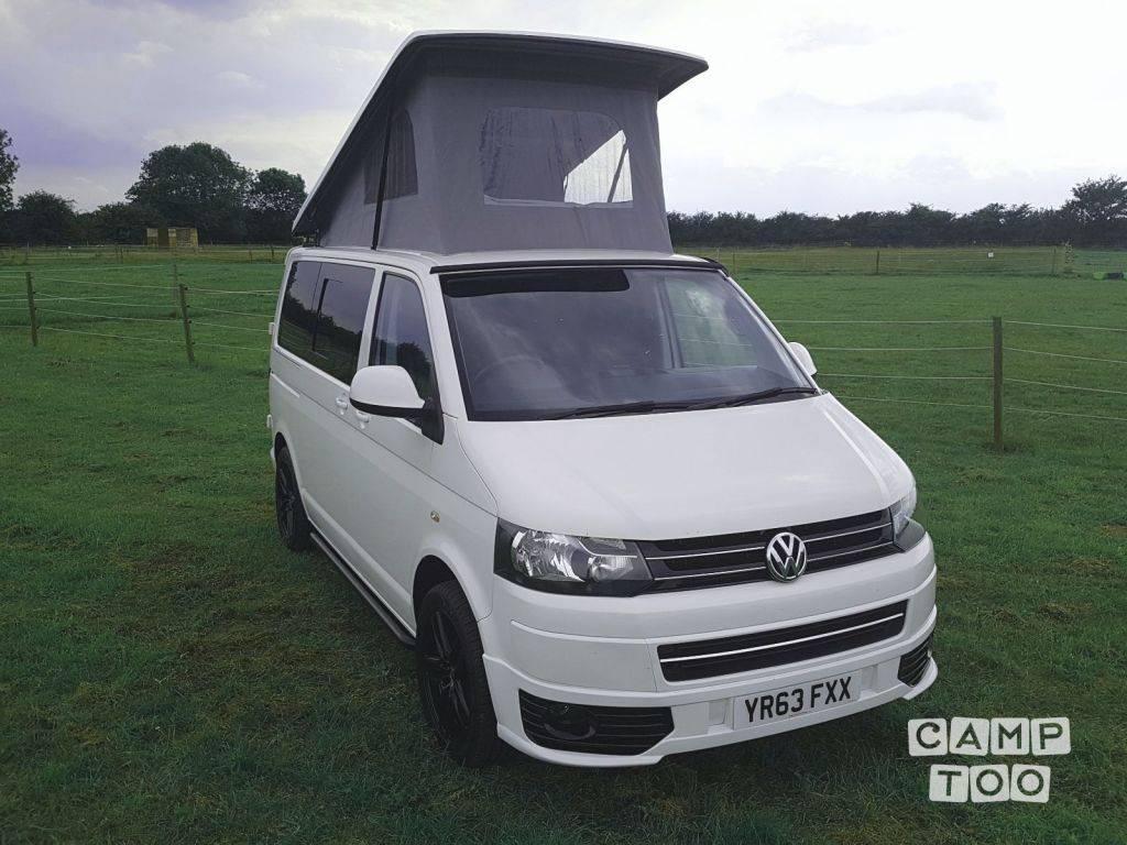 Volkswagen camper from 2013: photo 1/11