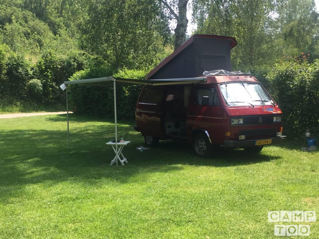 Volkswagen camper uit 1987: foto 1/6