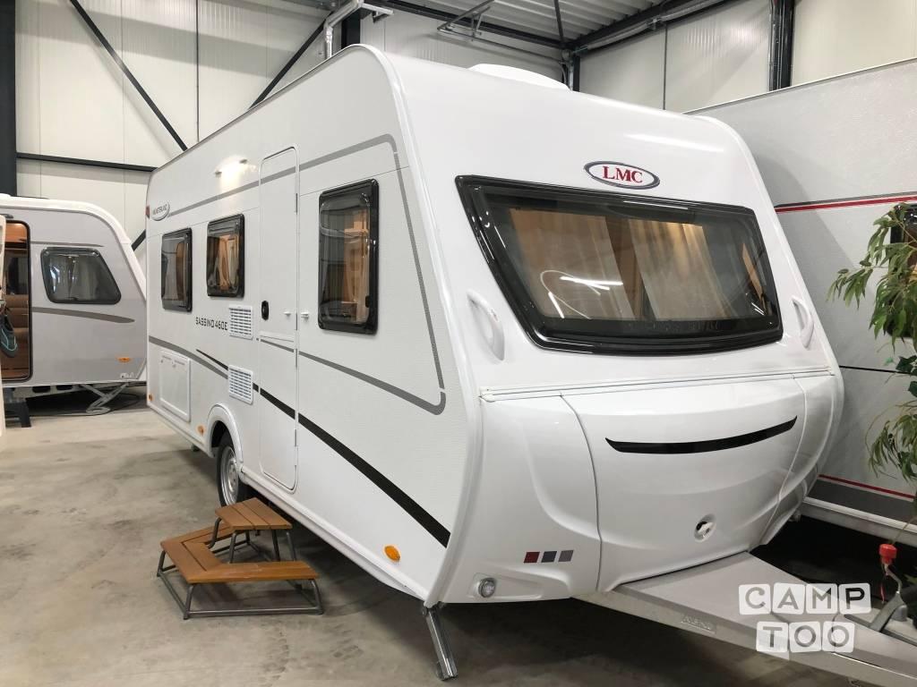 LMC caravan uit 2021: foto 1/12