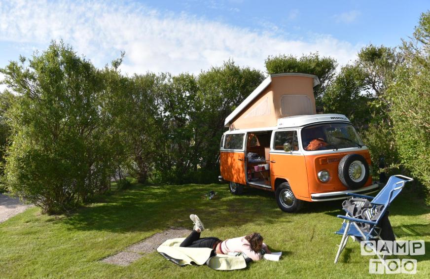 Volkswagen camper uit 1974: foto 1/13