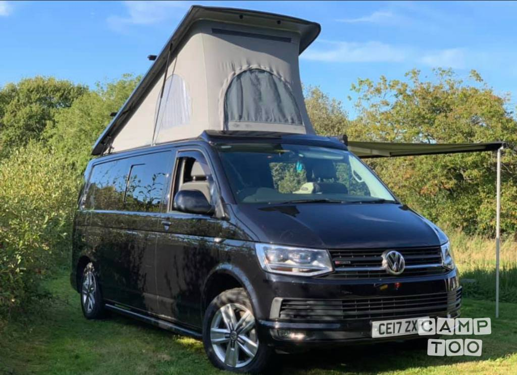 Volkswagen camper uit 2017: foto 1/10