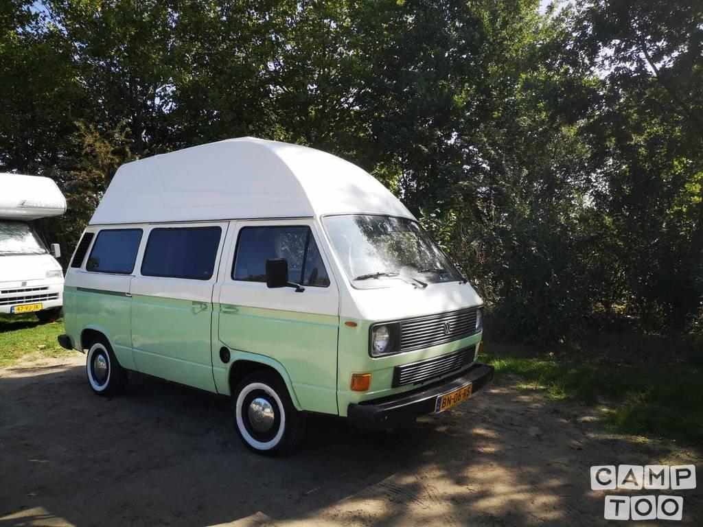 Volkswagen camper uit 1985: foto 1/9