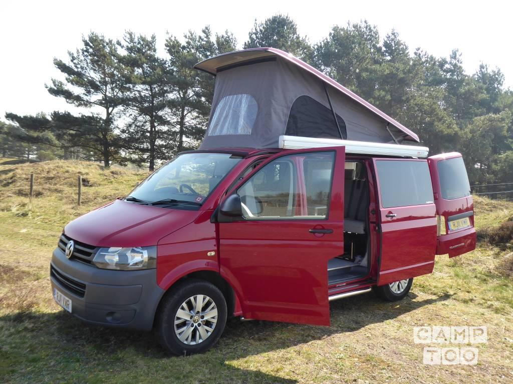 Volkswagen camper from 2011: photo 1/21