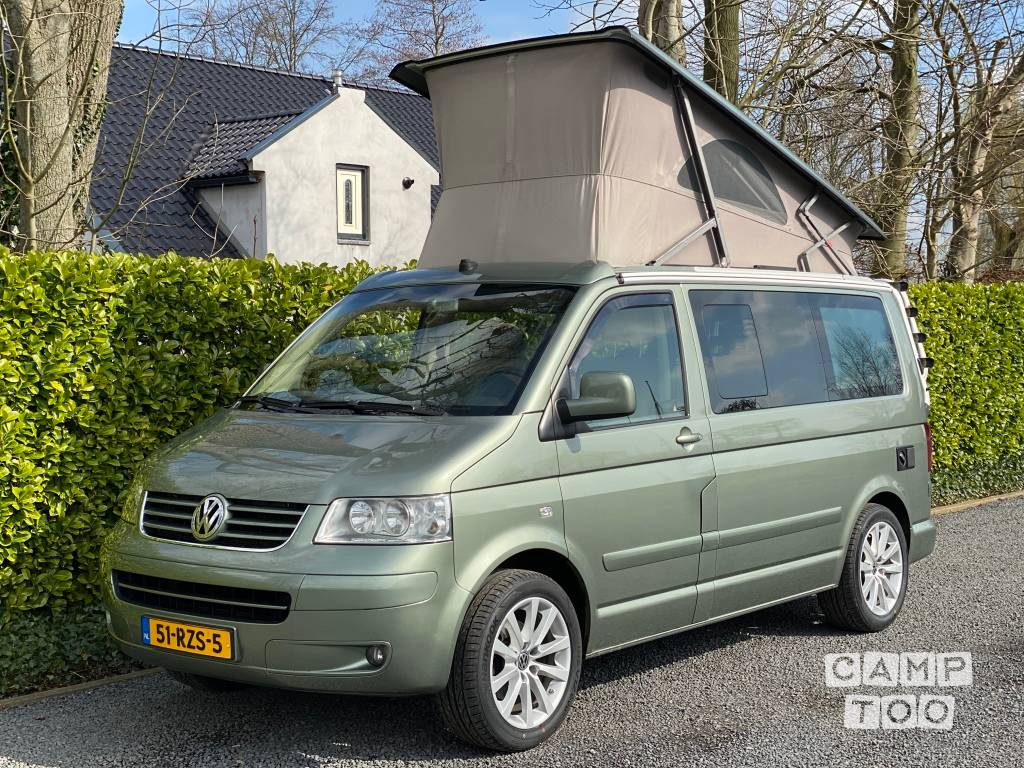 Volkswagen camper uit 2004: foto 1/27