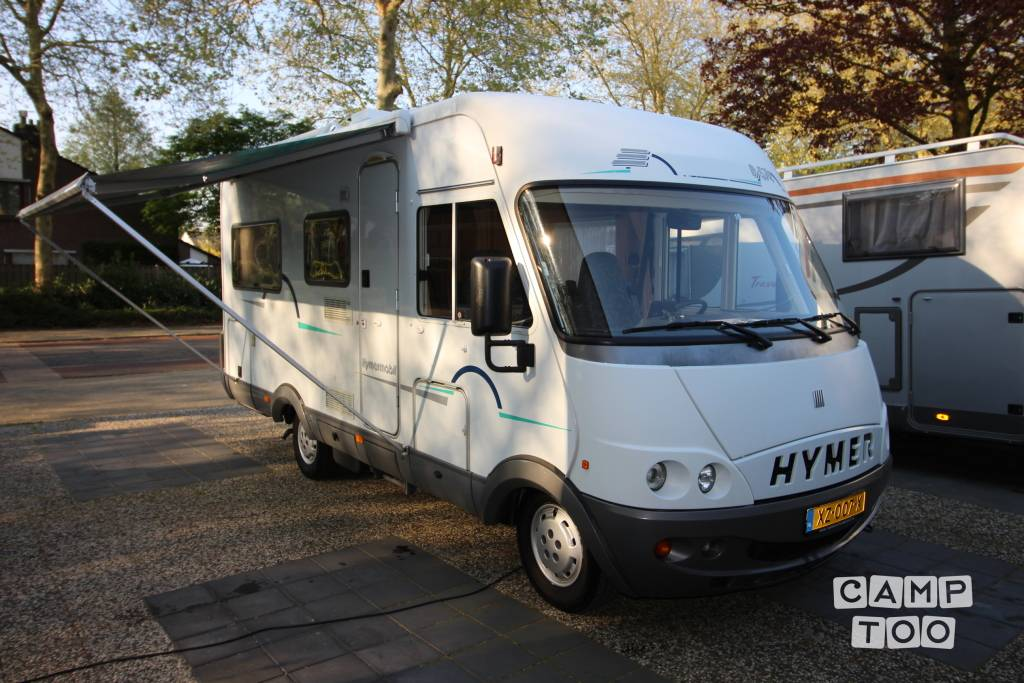 Hymer camper from 2000: photo 1/11