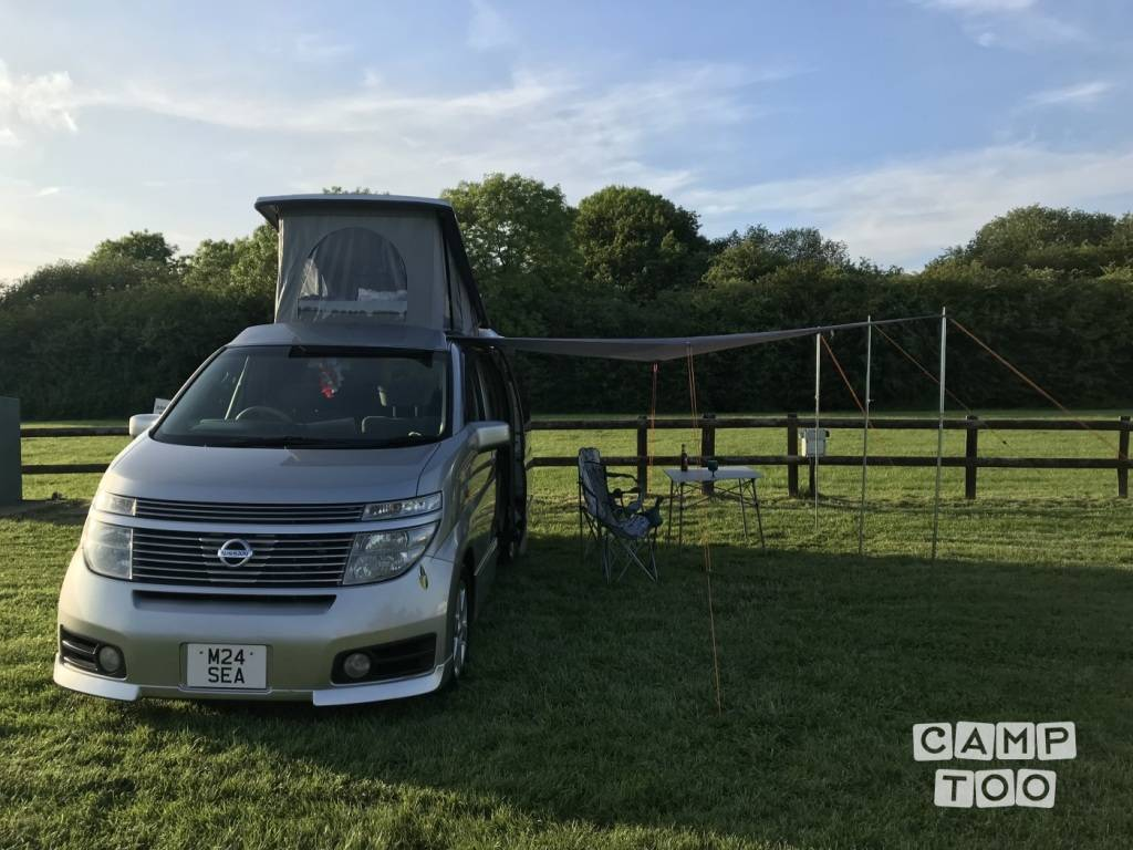 Hire this Nissan ELGRAND camper at Camptoo
