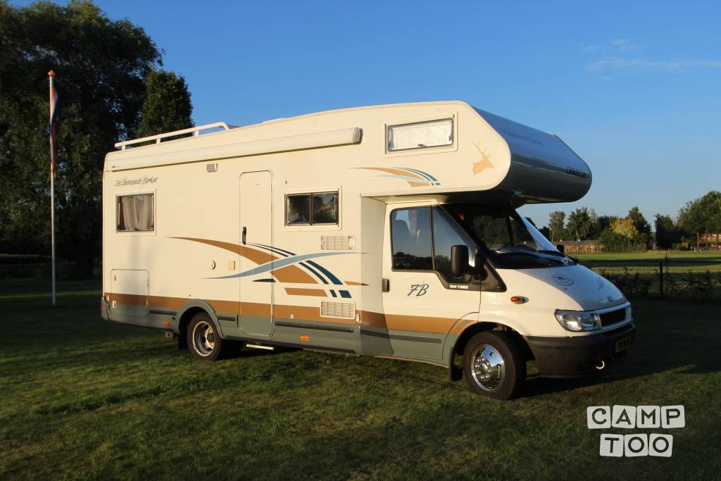 Chausson camper from 2003: photo 1/10