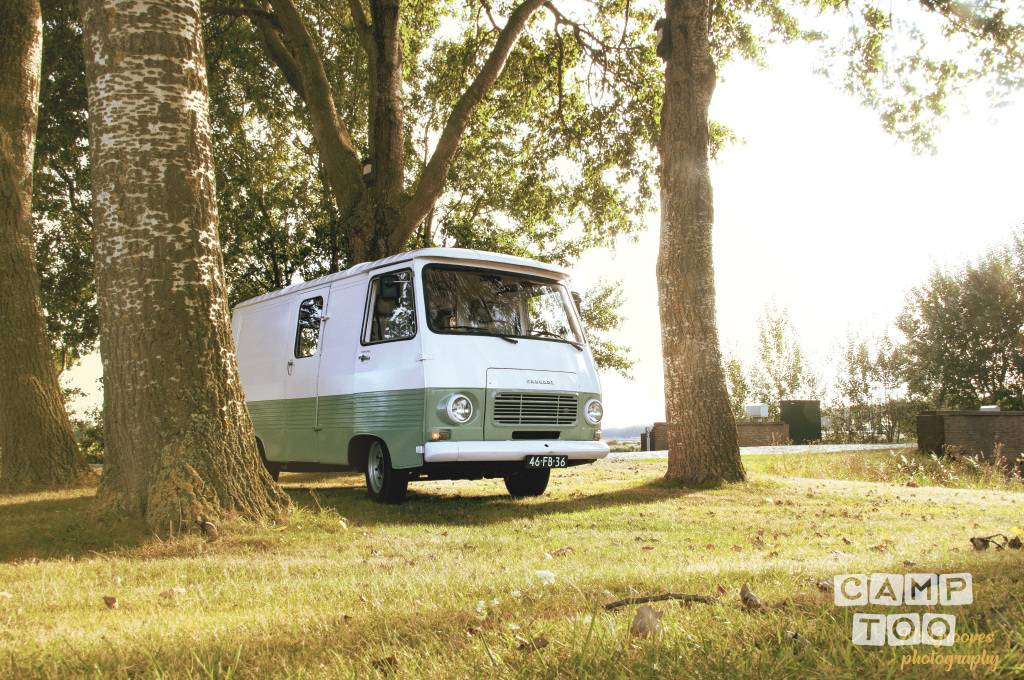 Peugeot camper from 1978: photo 1/9