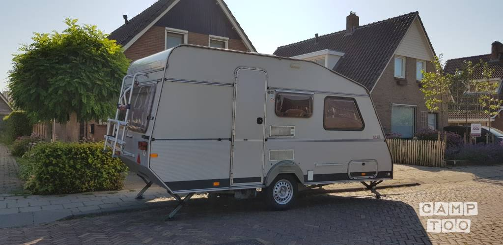 KIP caravan from 1994: photo 1/10