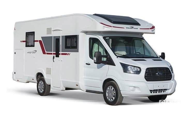 Ford camper from 2018: photo 1/18