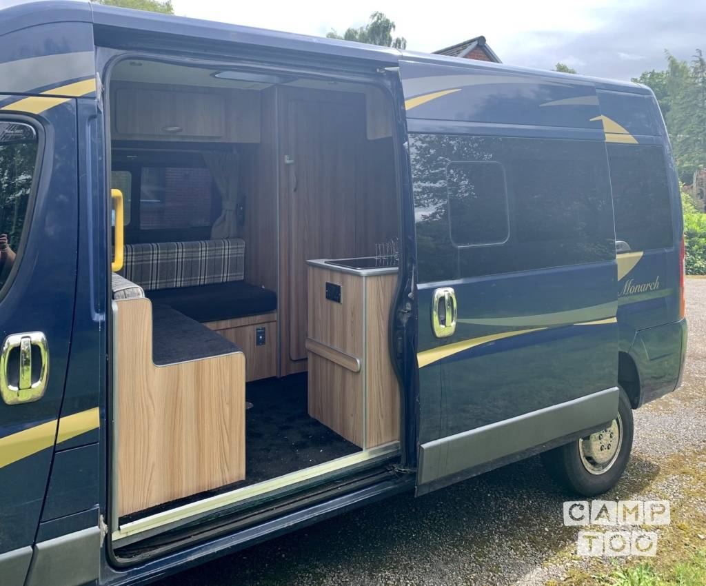 Peugeot camper from 2018: photo 1/16