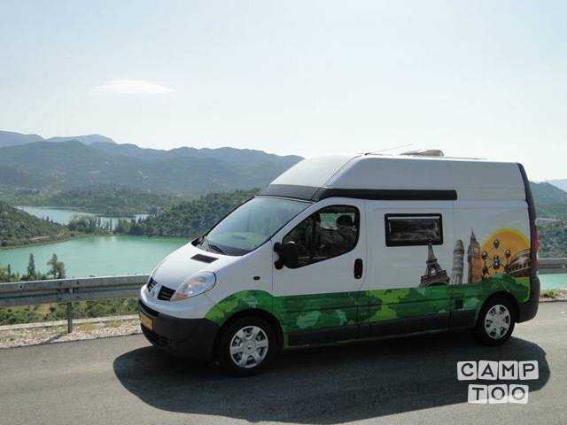 Renault camper from 2007: photo 1/9